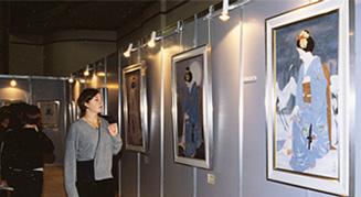 1997年 スペインで開催された大竹五洋美人画展の模様